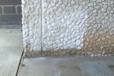 cleaning gravel concrete from pollutes