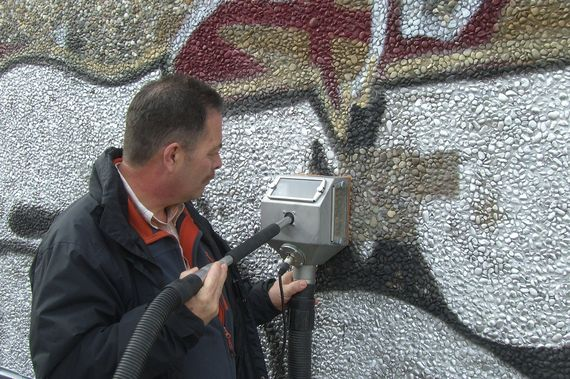 graffiti removal on gravel concrete with systeco